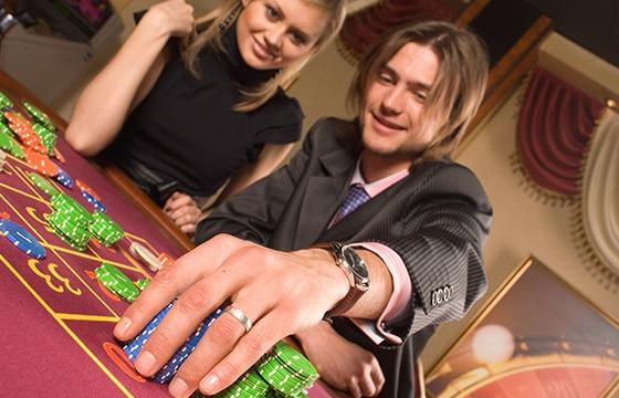 cum plasezi pariuri la ruletă casino live